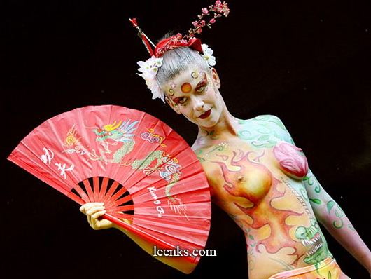 bodypaint-sextoon-babes-with-half-of-their-hair-gone-nude
