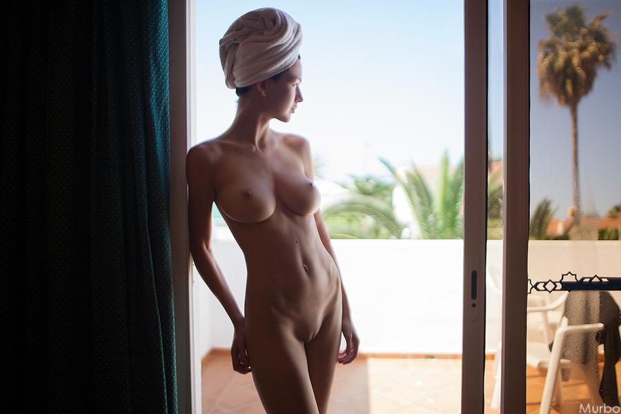 devki-vihodite-golie