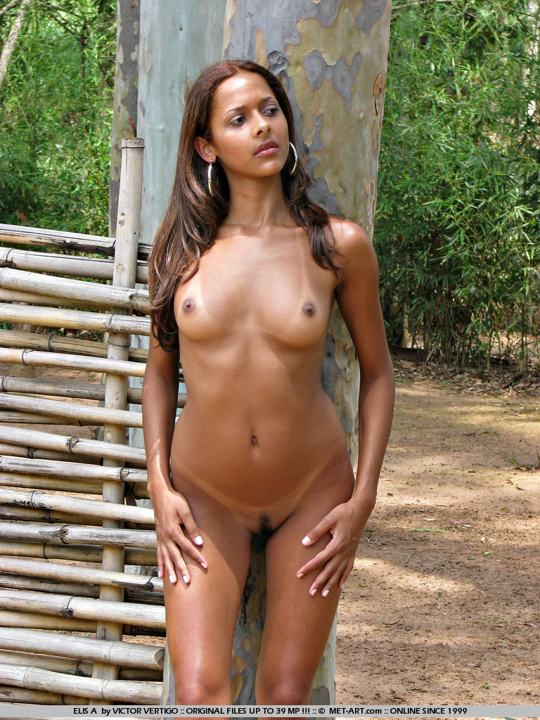 Brazilian beauties naked porn — photo 13